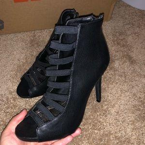 Black Elastic Steve Madden Heels